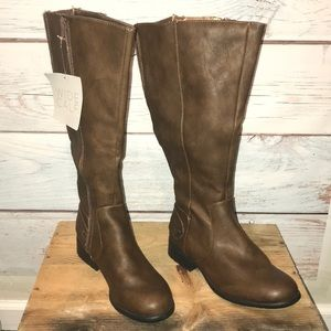 Life Stride brown wide calf boot